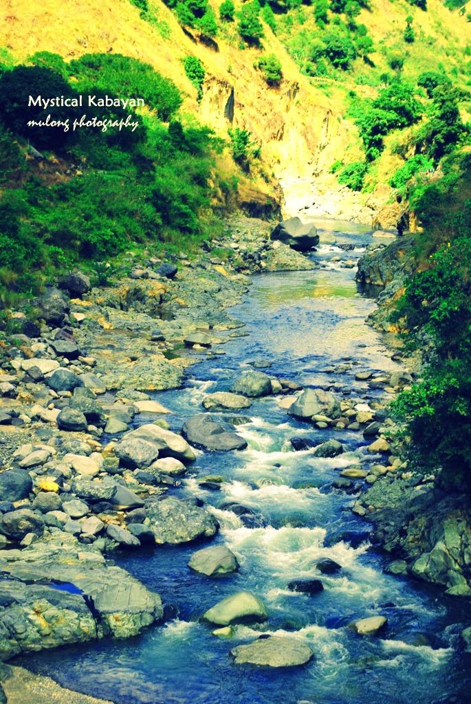 A river along the way to Kabayan.